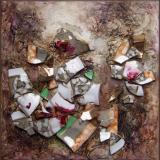 'Scherbenlabyrinth braun' 2012 - Assemblage - B H: 20 20 cm